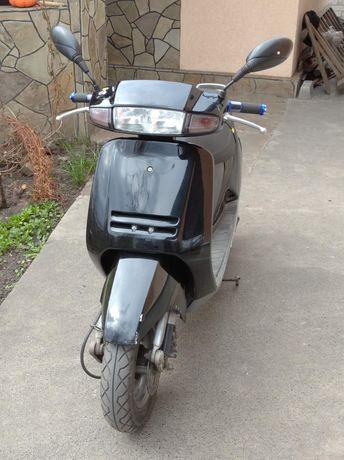 Скутер хонда-леад АФ20