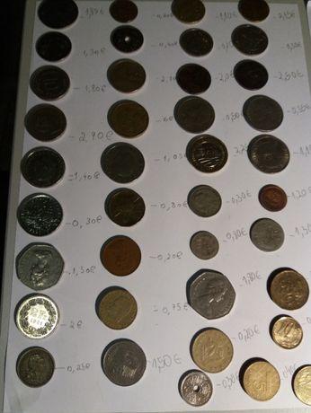 Lote de 70 moedas de diversos países,anos e valores