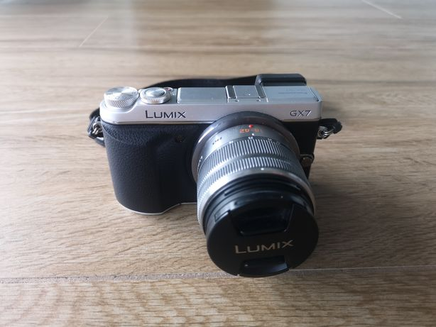 Panasonic LUMIX GX-7 - zestaw - pokrowiec ManFrotto