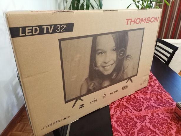 "Tv Led 32"" Thomson-na caixa"
