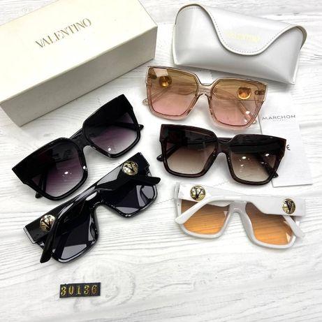 Солнцезащитные очки женские Valentino 2021