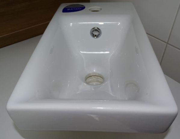 Umywalka Cersanit Moduo 40 WC