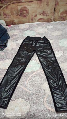 Теплые штаны и джинсы на флисе для девочки