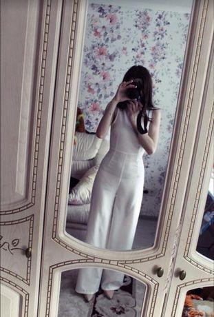 Шикарный белый брючный костюм комбинезон Missguided