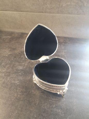 Pudełko serduszko na Obrączki, biżuterię