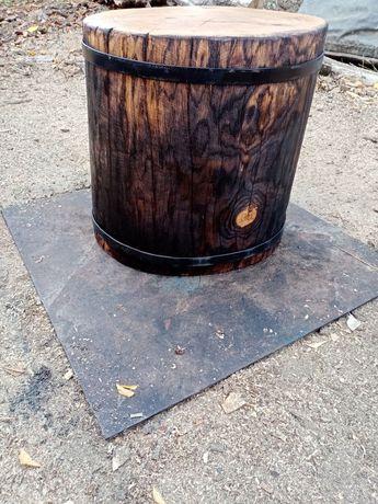 Колода для рубки дров, колода для мангала, пень.