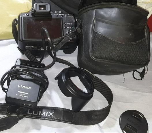 Maq.Fotog.Lumix Panasonic ,lente Leica ,completa