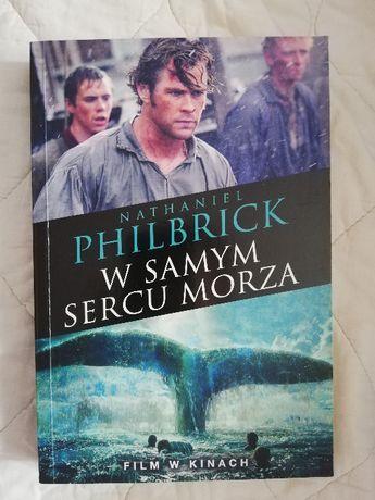 """""""W samym sercu morza"""" ( książka )"""