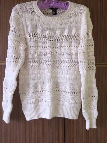 Bluzka sweterek damski HM rozm S / M biała ze srebrna nitka piękna