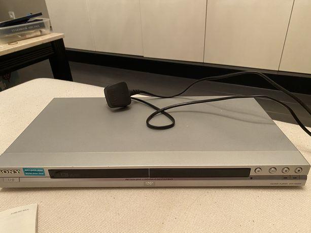 Sony CD DVD Player DVP NS355