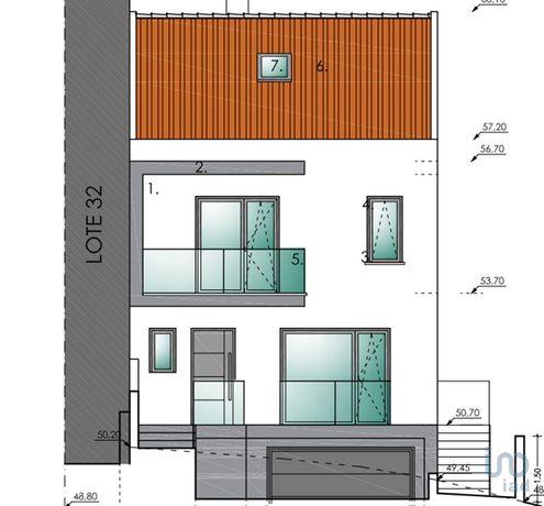 Moradia - 189 m² - T3