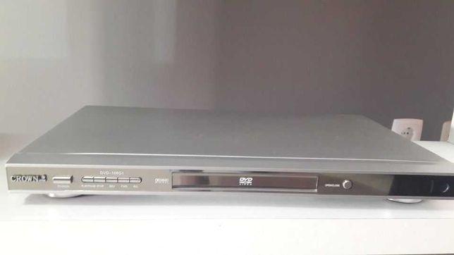 Excelente aparelho DVD - Seminovo com controlo.