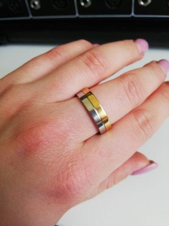 Obrączka pierścionek uniseks rozmiar 10 srebrny złoty nowa stal nierdz