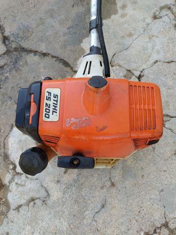 Roçadora Stihll FS200 usado Bom Estado