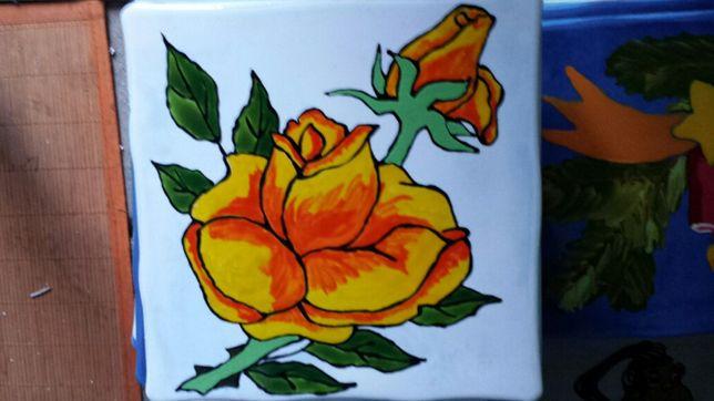 Podkładki pod gorące naczynia malowane ręcznie podklejane korkiem.
