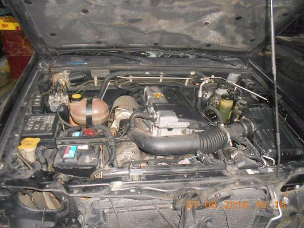 Tenho Motor Opel Fronteira 2.2 dti do ano de 2001 em estado de novo.