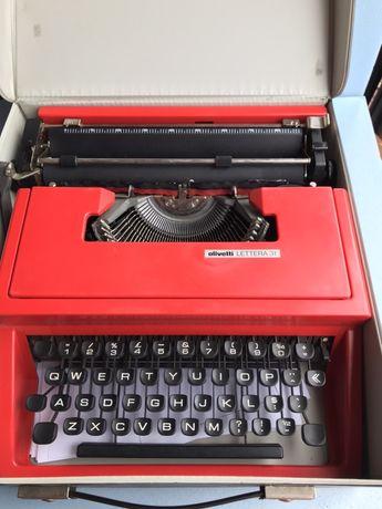 Maszyna do pisani olivetti lettera 31