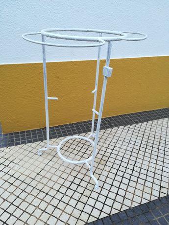 Estrutura de lavatório para restauro