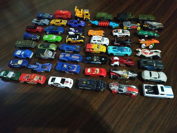 Машинки маленькие железные