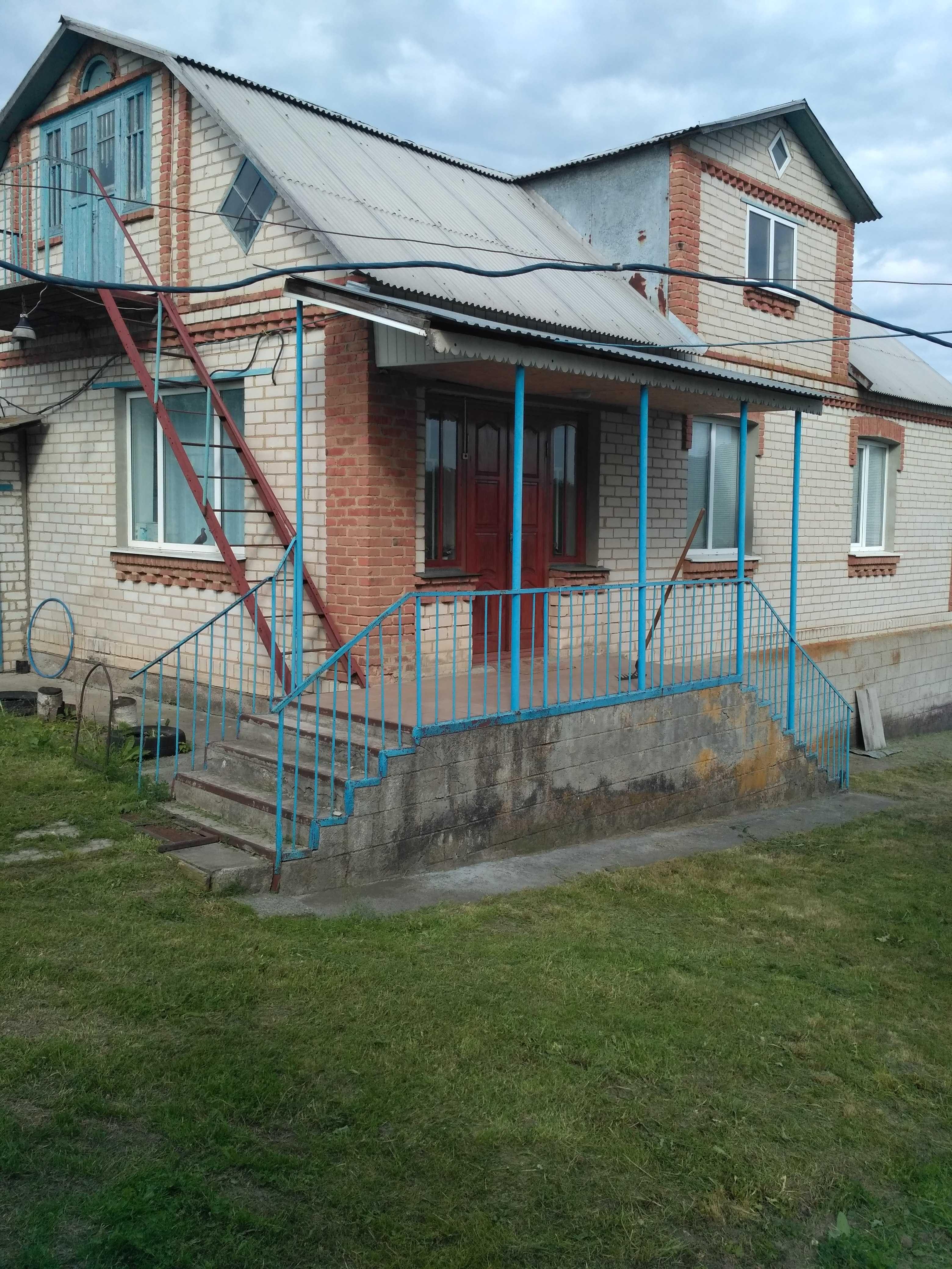 Продається будинок в с. Гусаково Звенигородського р-ну Черкаської обл.