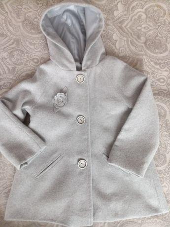 Śliczny płaszczyk dla dziewczynki:)