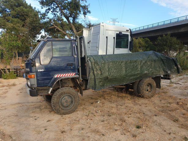 Toyota dyna 4×4 off road todo terreno + Célula Camper Caravana