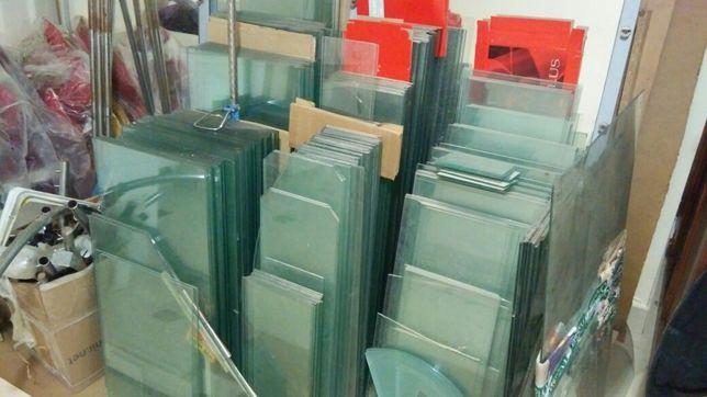 Скляні полки, скло, торговий прилавок, стеклянные полки, стекло б/у