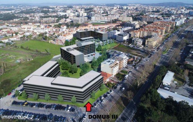 Apartamento T0, em construção, ao Hospital S. João e IPO