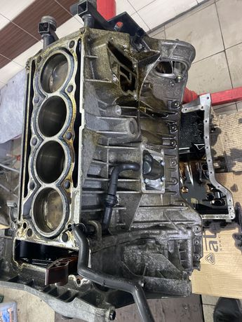 Mercedes w 211 203 212 блок циліндрів головка  1.8 компресор ом 271