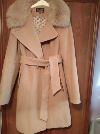 Пальто жіноче 44р