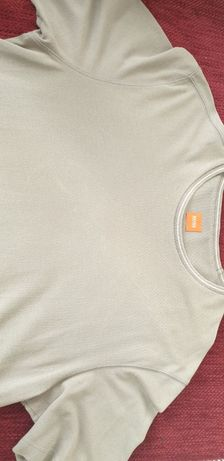 T Shirt HUGO BOSS 29€ excelente estado