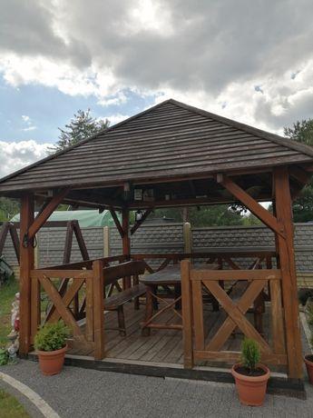 Altanka ogrodowa stół z ławkami