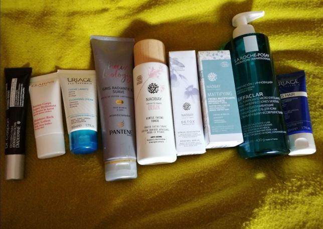 Vários produtos de rosto e cabelo