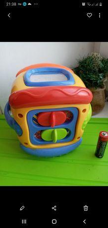 Развивающая фирменная игрушка