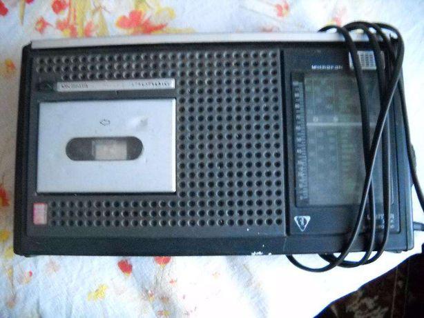 Radiomagnetofon Grundig 2500 automatic