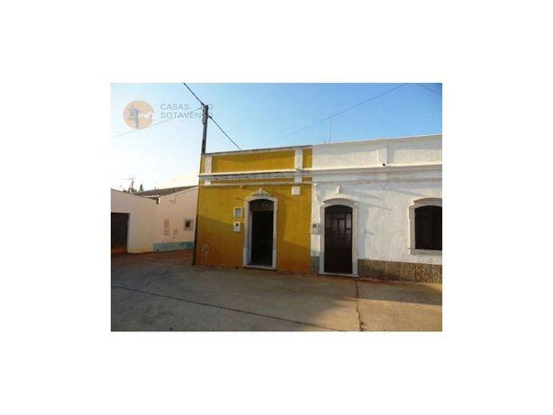 Casa Térrea por remodelar