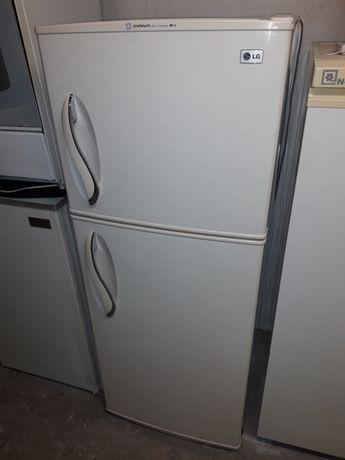 Холодильник    3599