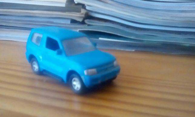 Vendo Mitsubishi Pajero Ex viatura da Unicef(réplica)