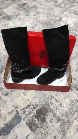 Продам чоботи зимові