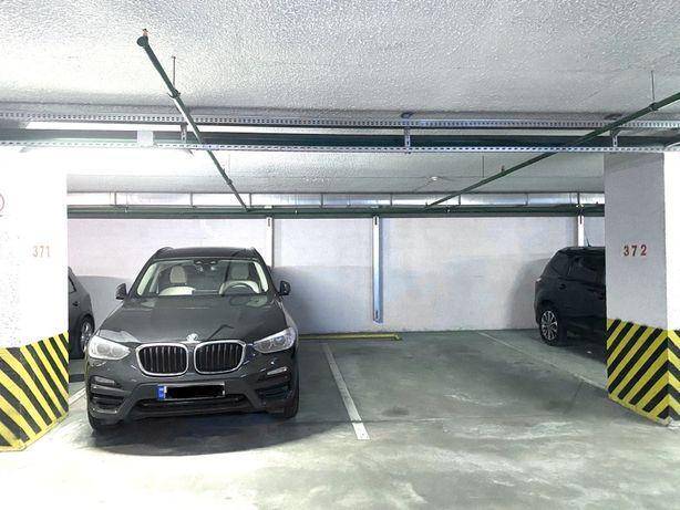 Сдам паркинг аренда паркоместо Бажана 16 14 12 10 Позняки Осокорки