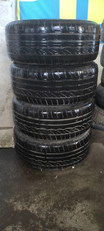 Гума Dunlop 225/50 R17 з дисками League LG . Розболтовка 5*112