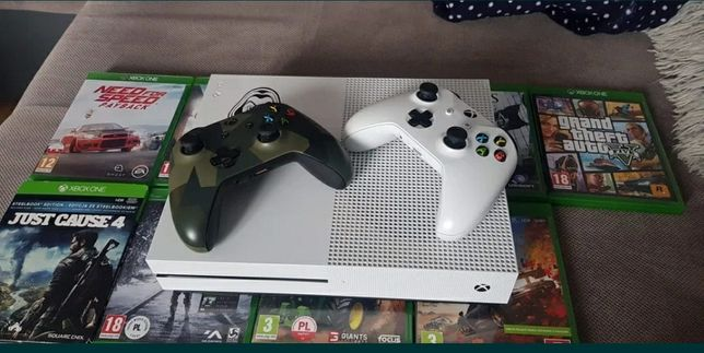 Xbox one S 1Tb 2 pady + gry Assasin Odyssey Forza horizon 4 Farcry 5!