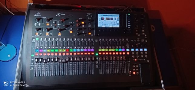 Mikser dźwięku cyfrowy Behringer x32