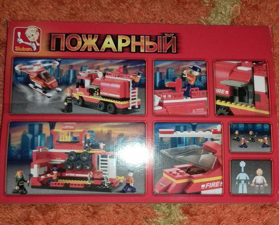 Конструктор Lego. Пожарный