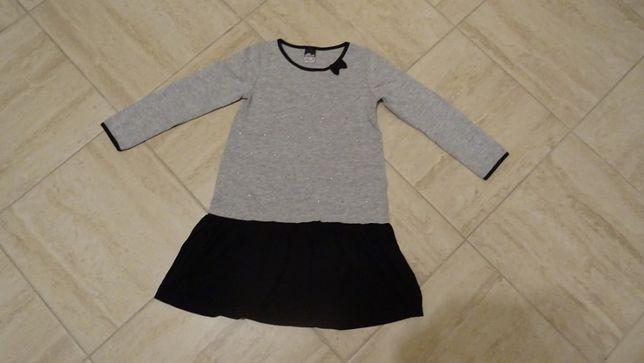 sukienka dziewczęca w rozmiarze 104-110