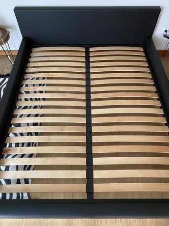 Estrado cama de casal usado