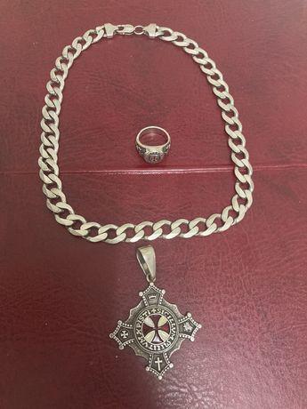 Łańcuch keta z krzyżem i sygnetem