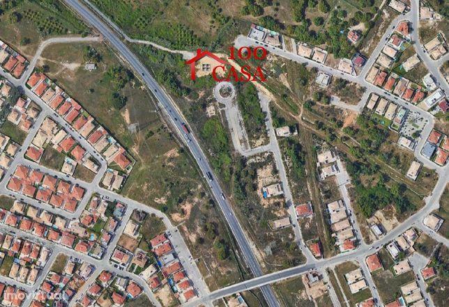 Lote de terreno na Quinta da Serralheira