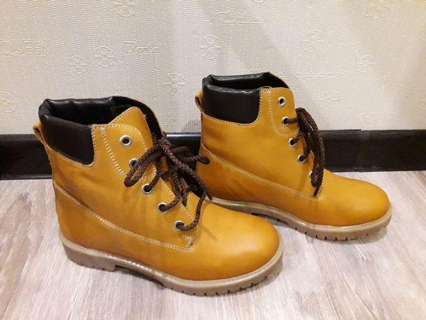 Ботинки в стиле Timberland новые