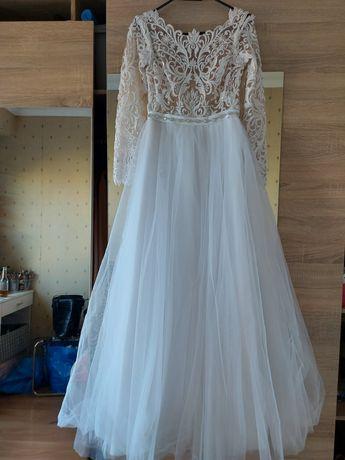 Suknia ślubna 36 odpinany rękaw welon 3m bogato zdobiona